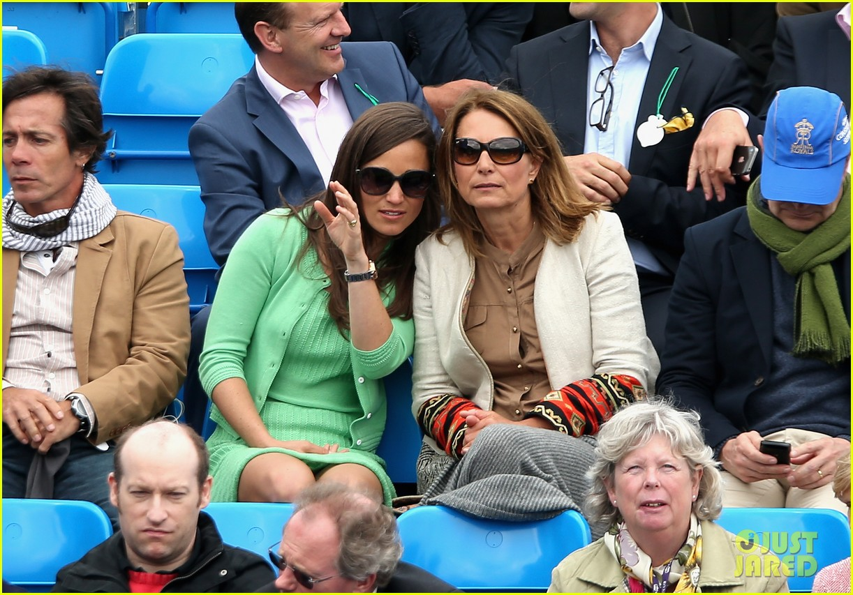 pippa middleton aegon championships with mom carole 132893121