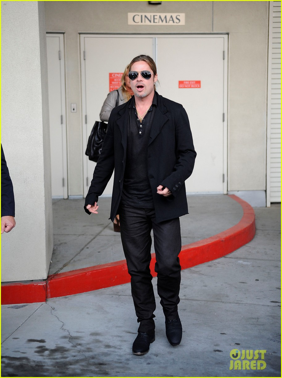 brad pitt continues world war z surprises in los angeles 08