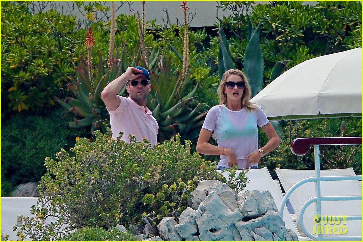 rosie huntington whiteley bikini vacation with jason statham 232888176