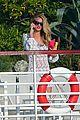 rosie huntington whiteley jason statham viva la madness bikini reading 10