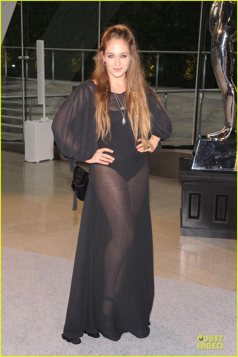 nicole richie juliette lewis cfda fashion awards 2013 red carpet 052883958
