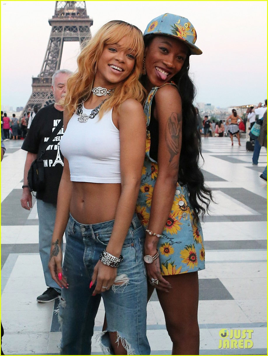 jennifer rosales melissa forde rihanna pictures just jared. Cars Review. Best American Auto & Cars Review