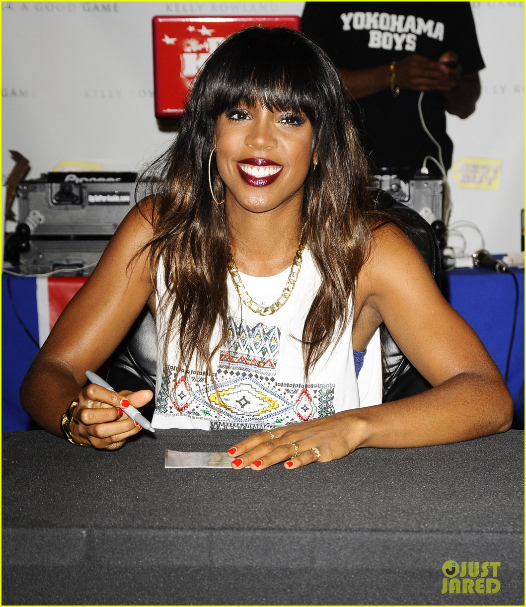 kelly rowland talk a good game nyc album signing 06