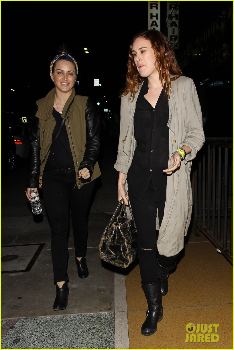 rumer willis attends concert after 1 year with jayson blair 04