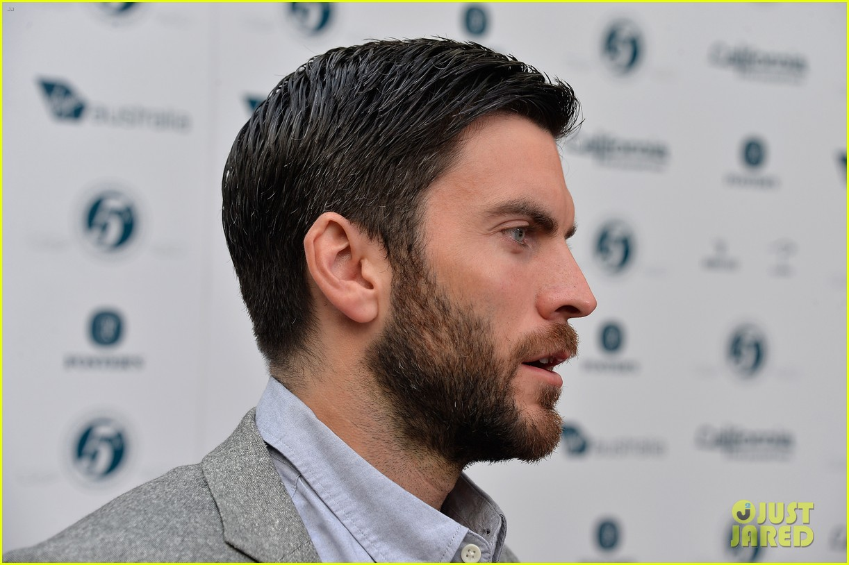 xavier samuel wes bentley heath ledger scholarship event 19