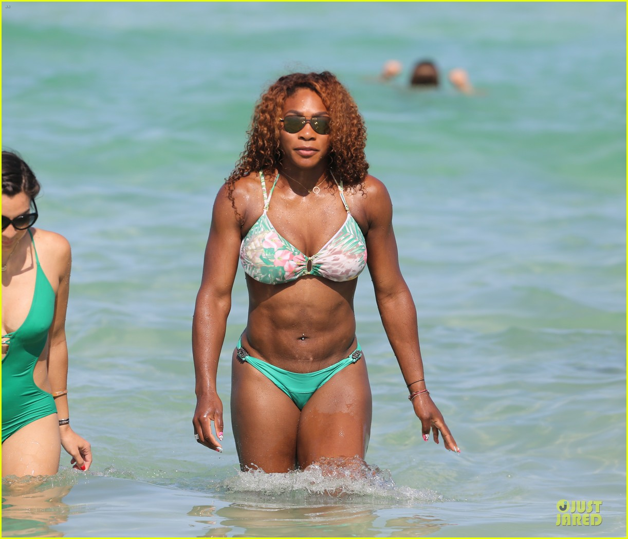 serena williams miami bikini beach babe 08
