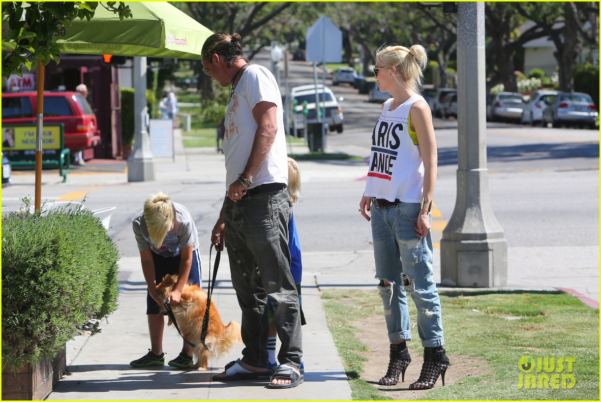 gwen stefani gavin rossdale ice cream with the kids 052899412