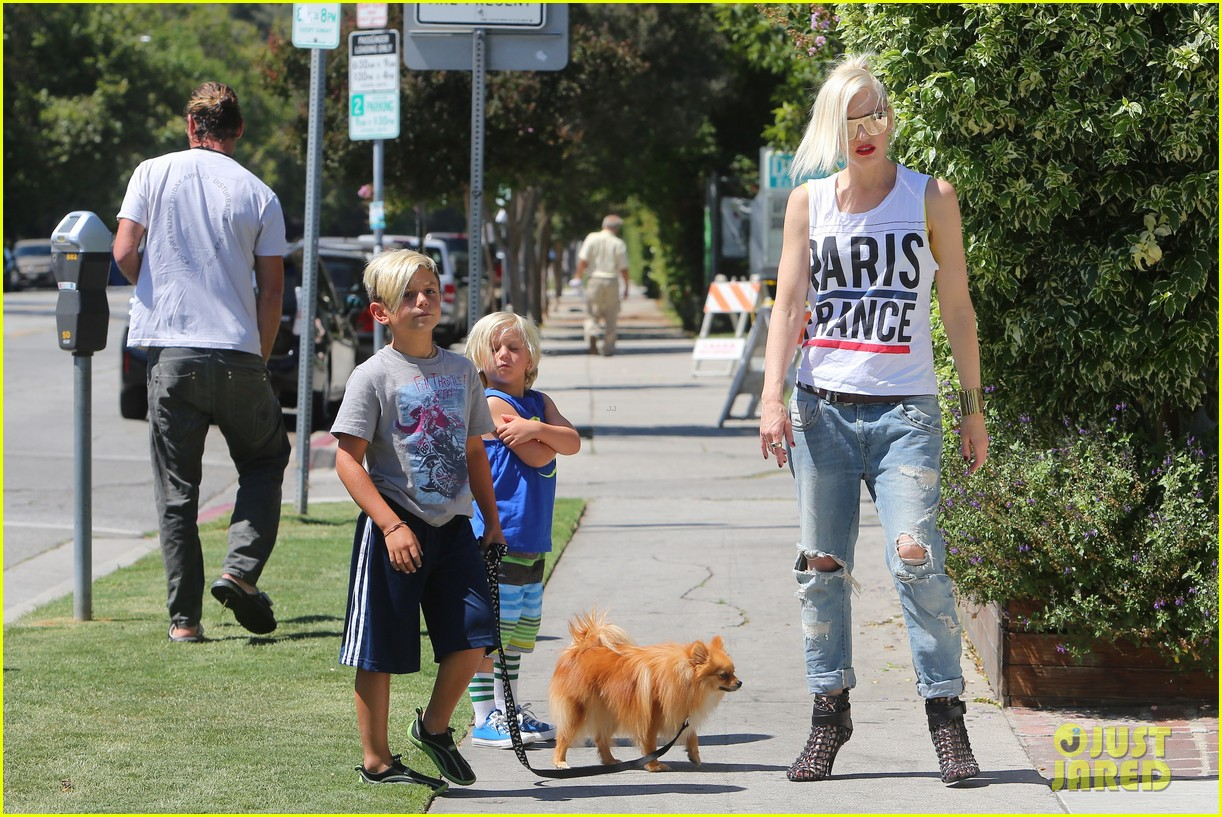 gwen stefani gavin rossdale ice cream with the kids 14