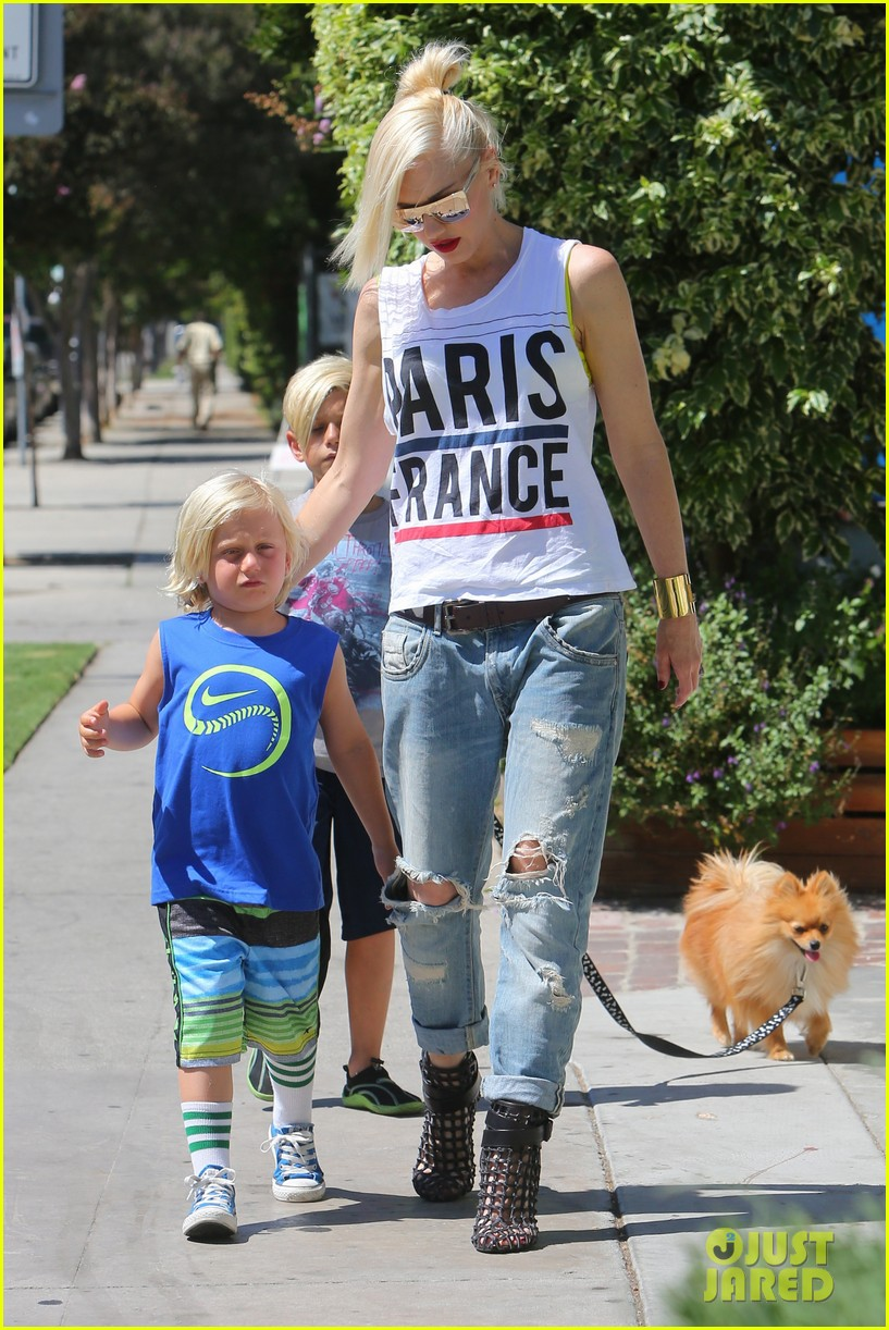 gwen stefani gavin rossdale ice cream with the kids 212899428