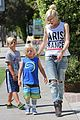 gwen stefani gavin rossdale ice cream with the kids 16