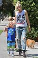 gwen stefani gavin rossdale ice cream with the kids 19