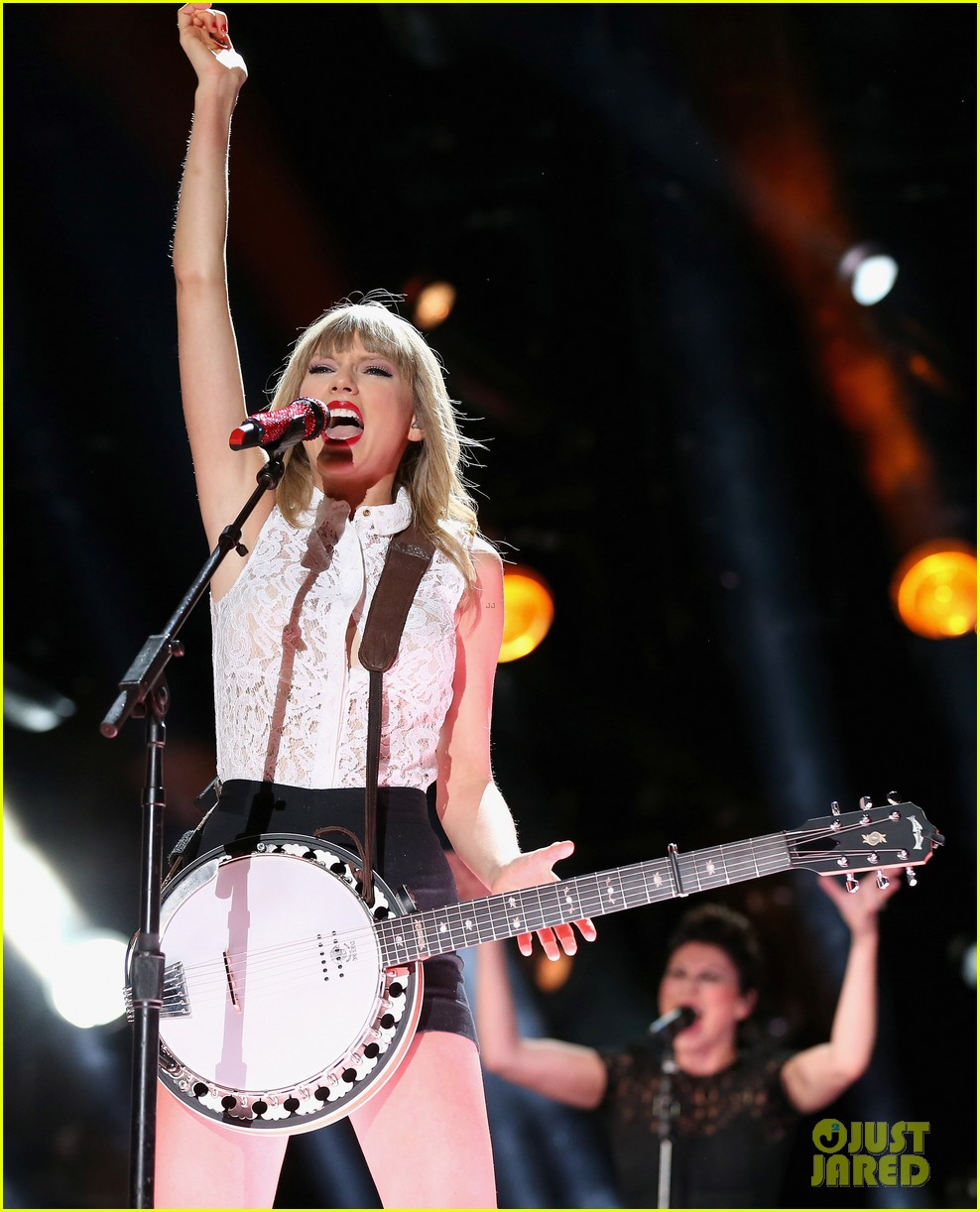 taylor swift keith urban tim mcgraw cma music festival 25