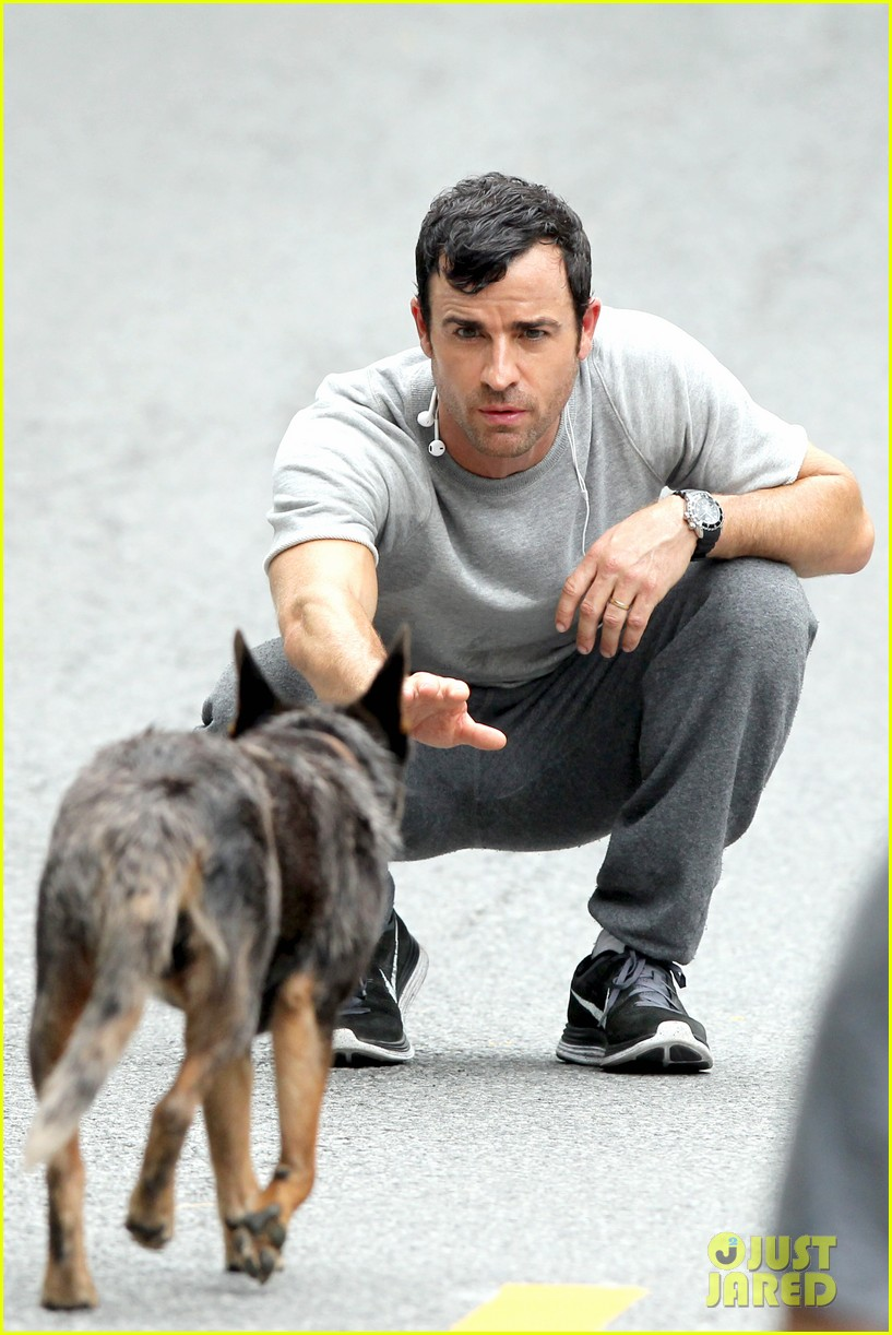 justin theroux begins filming hbo pilot leftovers 012898924