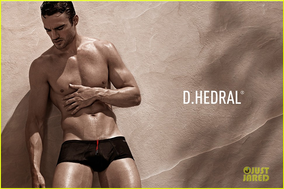 thom evans shirtless d hedral beachwear campaign 02