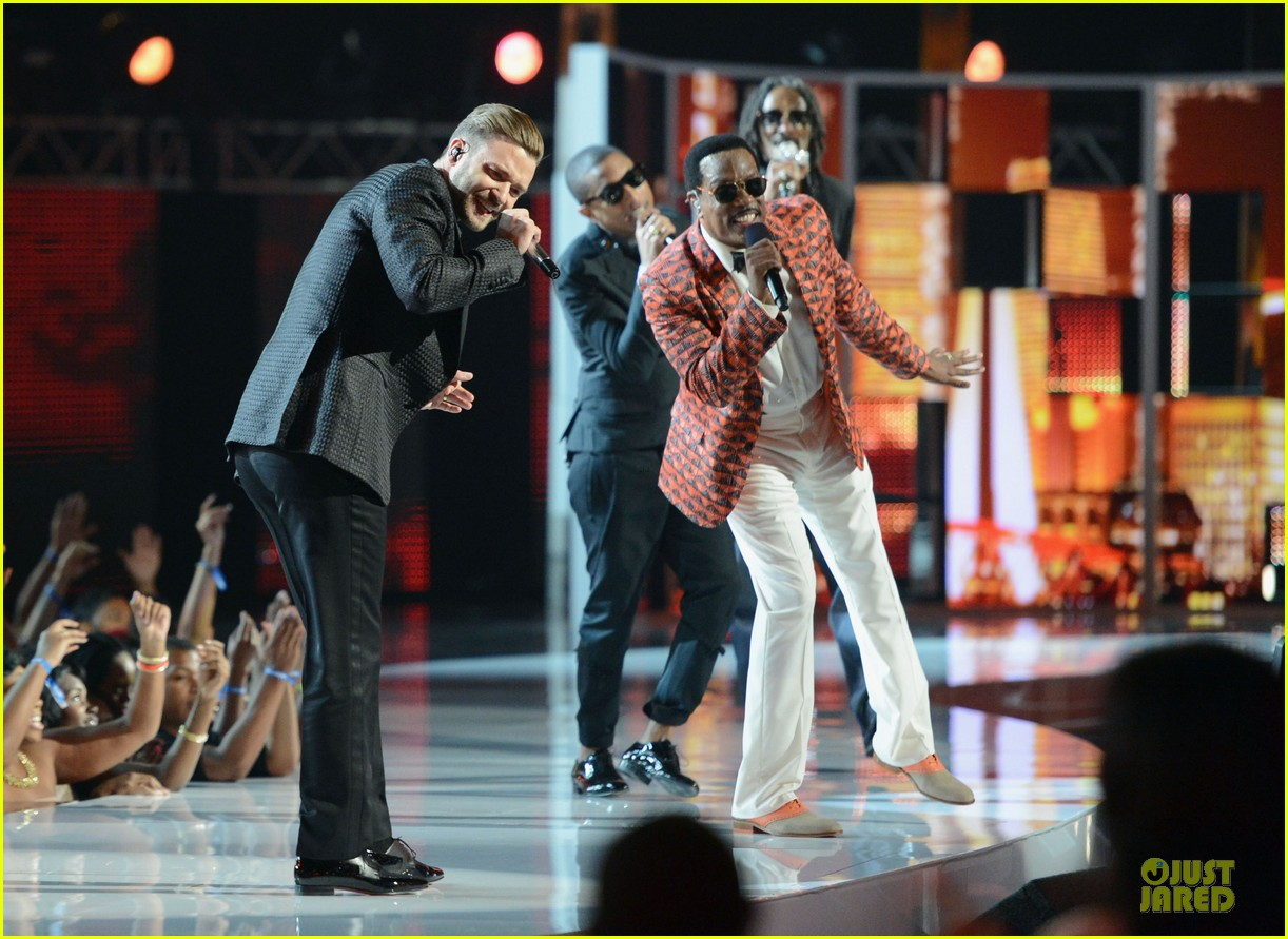 justin timberlake charlie wilson bet awards 2013 performance video 142901727