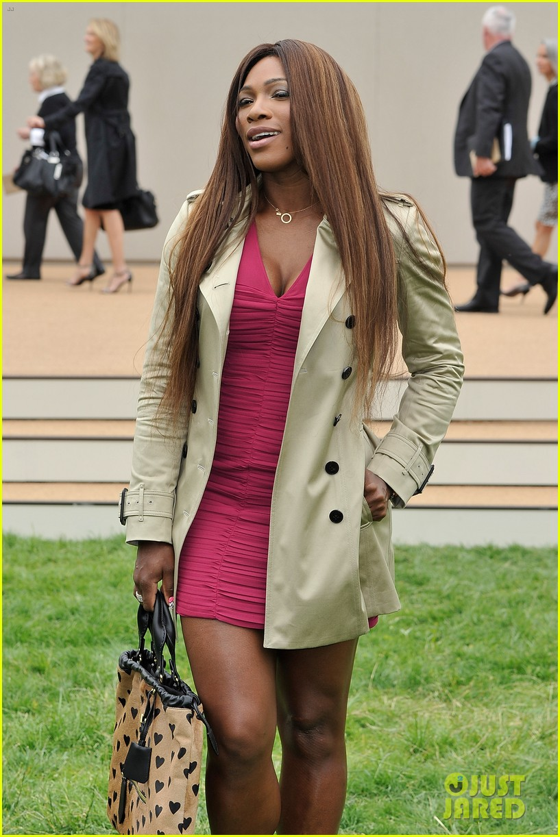 suki waterhouse serena williams burberry prorsum show 14