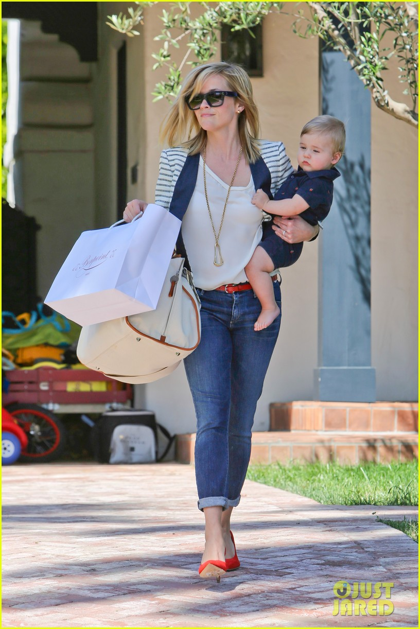 reese witherspoon playdate with tennessee 07