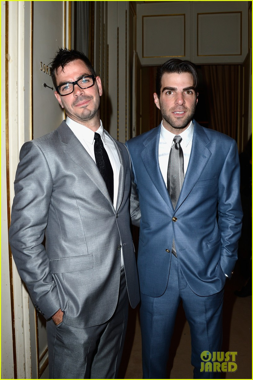 zachary quinto uma thurman front row at versace show 162901338