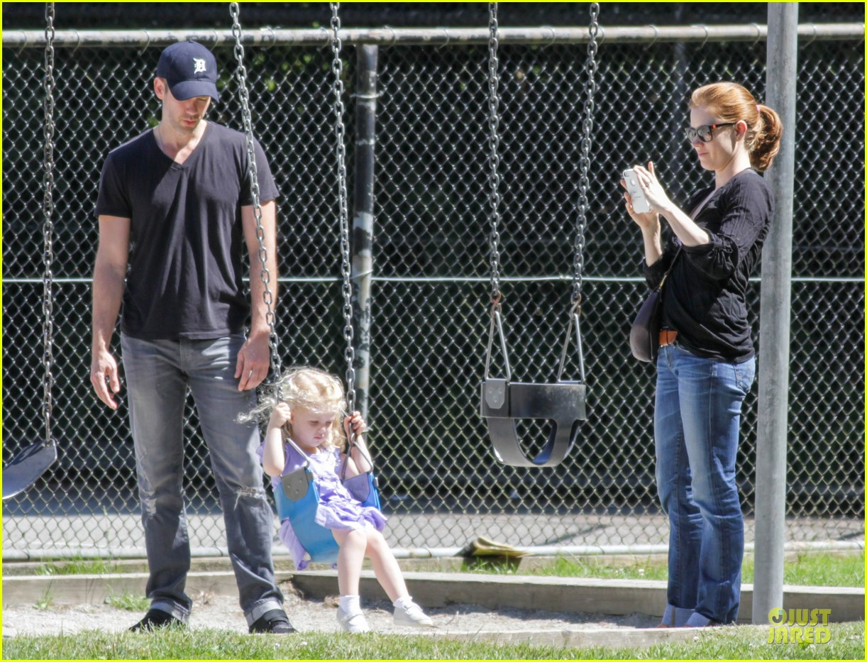 amy adams darren le gallo park date with aviana 14