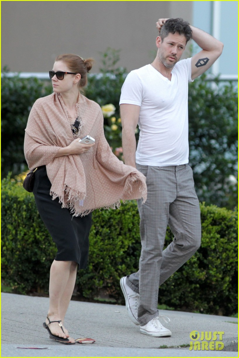 amy adams darren le gallo sushi dinner date 022903180