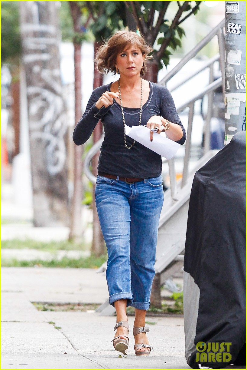 jennifer aniston bespeckled on squirrels set 132916814