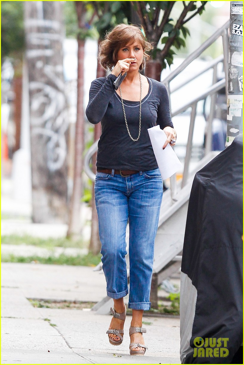 jennifer aniston bespeckled on squirrels set 21