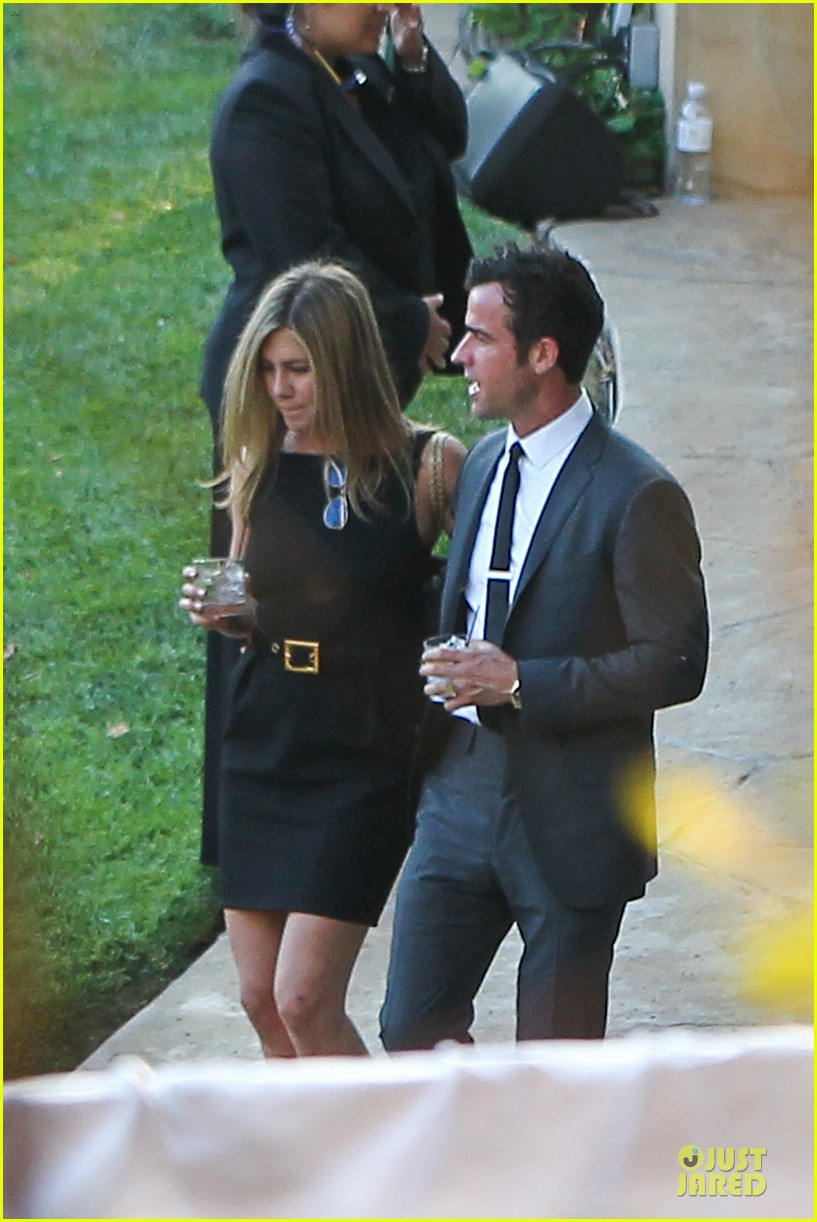jennifer aniston justin theroux jimmy kimmel wedding guests 10
