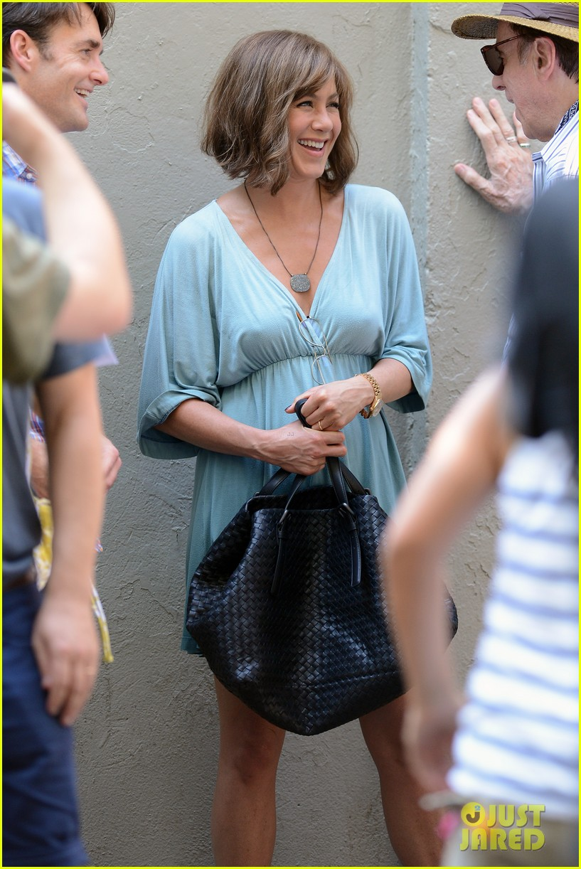 jennifer aniston short brown wig for squirrels to the nut 222910850