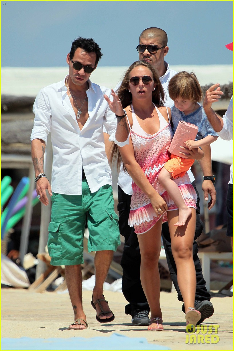 marc anthony chloe green st tropez vacation 032904813