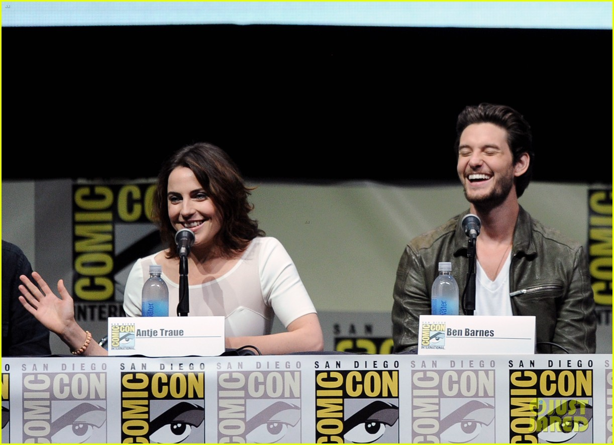ben barnes kit harington seventh son comic con panel 13