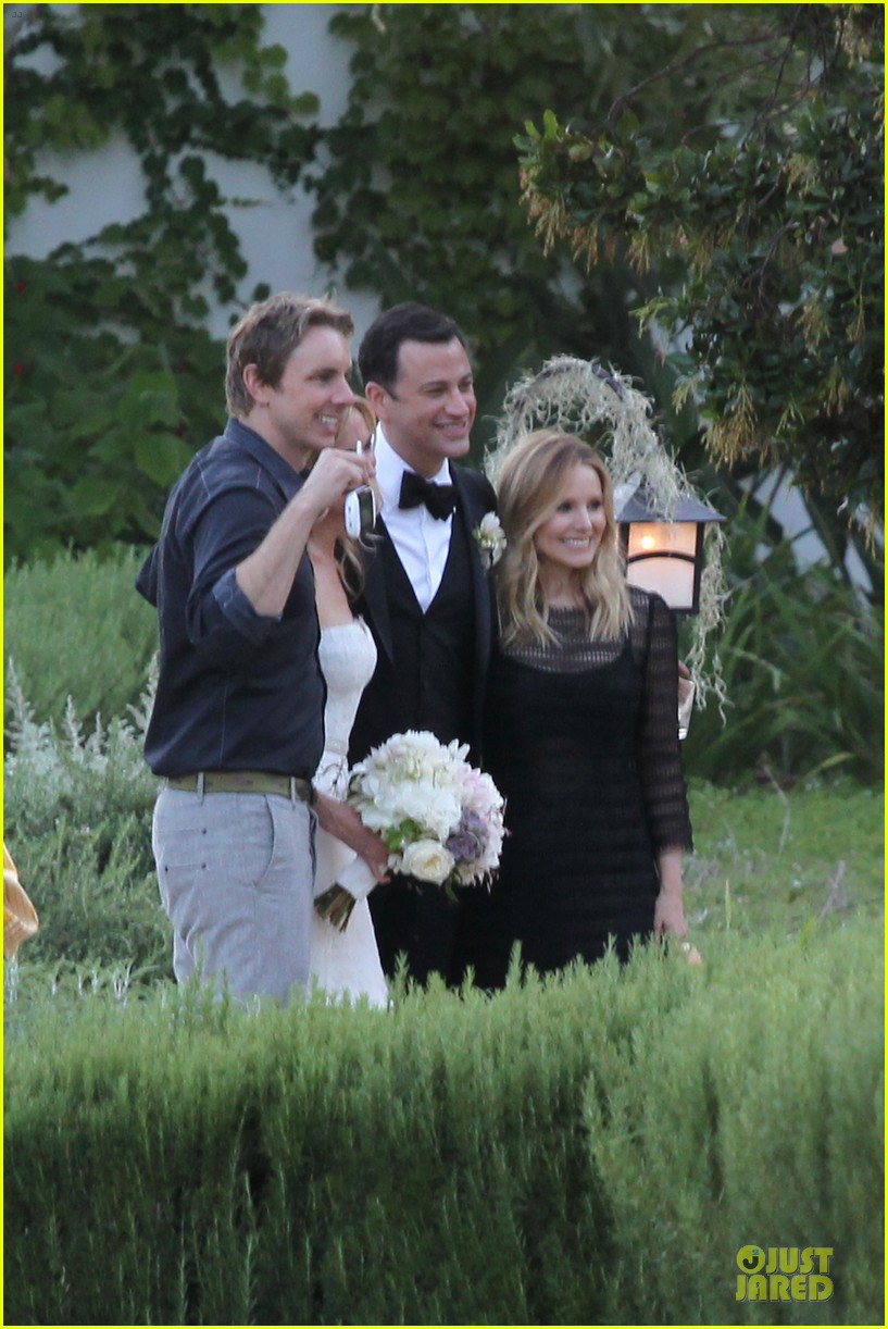 kristen bell dax shephard jimmy kimmel molly mcnearney wedding pic 042909134