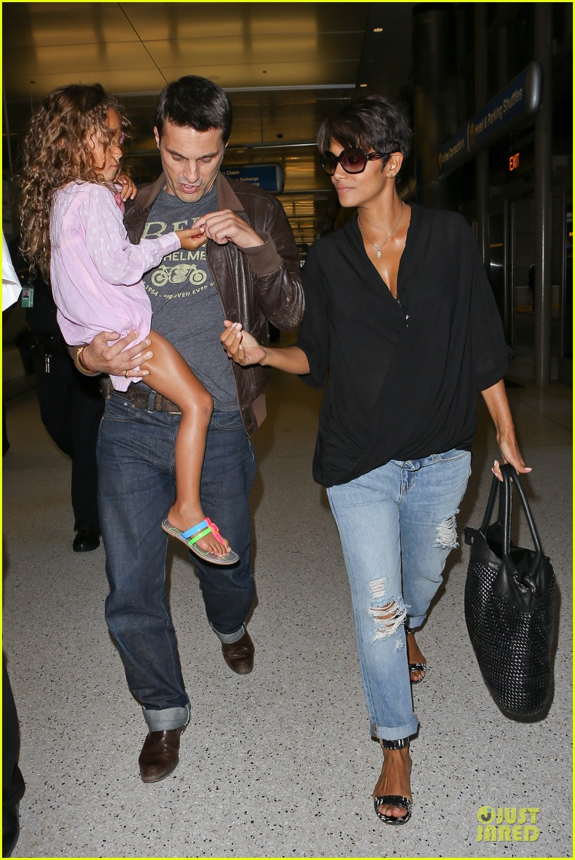 halle berry mother star producer 05