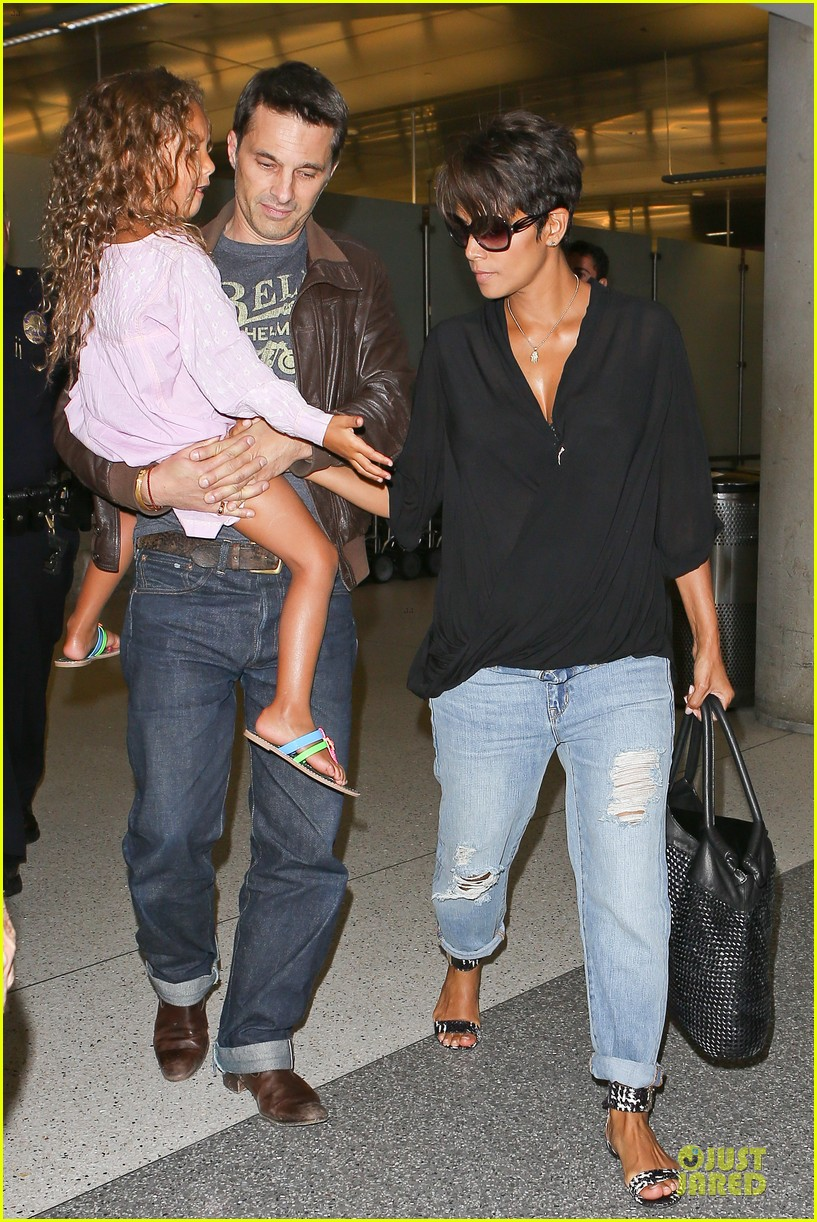 halle berry mother star producer 132906853