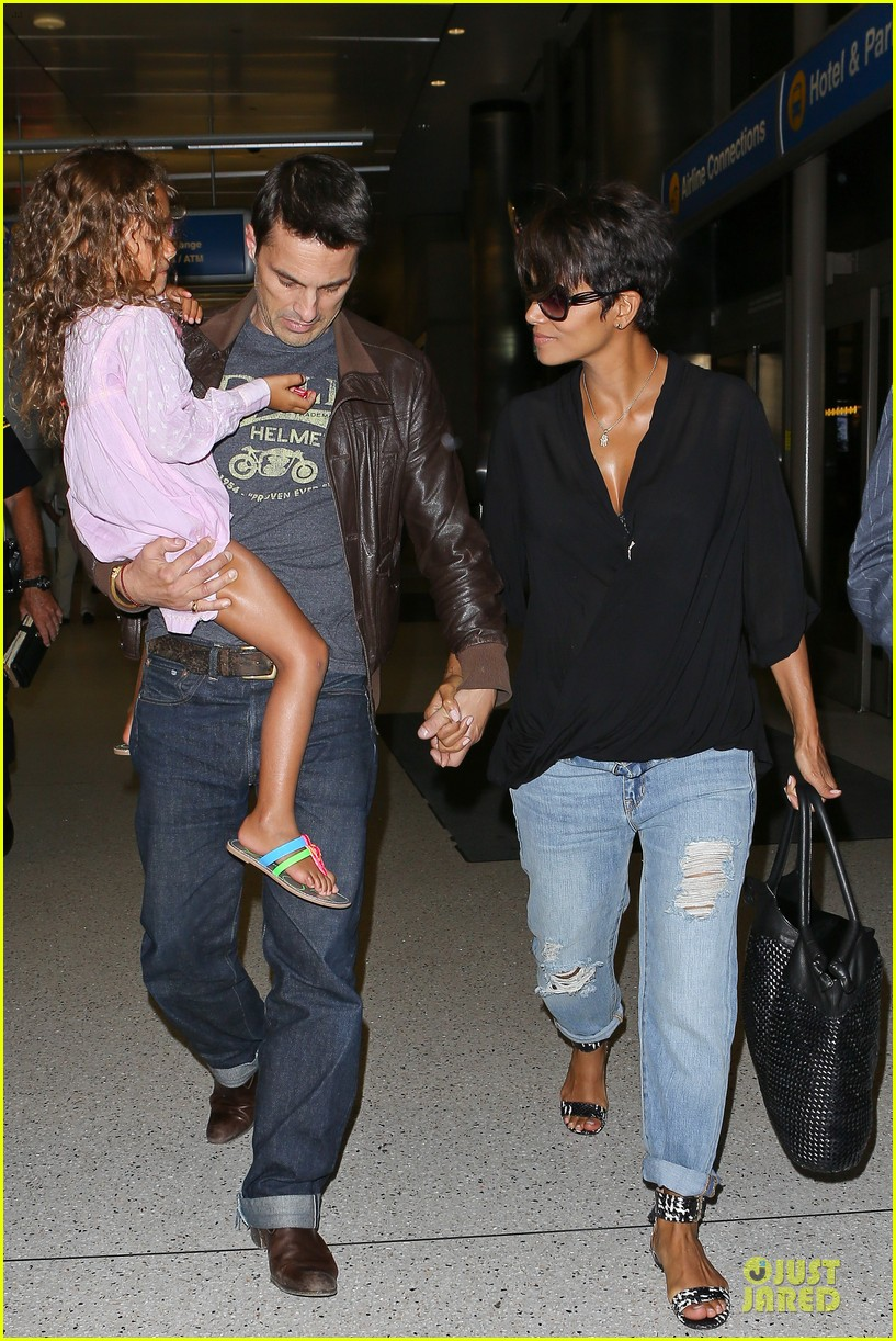 halle berry mother star producer 162906856