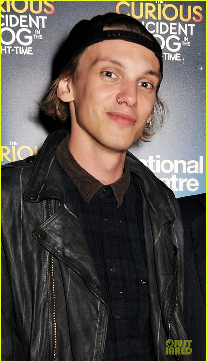 jamie campbell bower a curious night at the theatre after party 02