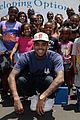 chris brown walk everywhere in unity shoes event 04