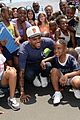 chris brown walk everywhere in unity shoes event 15