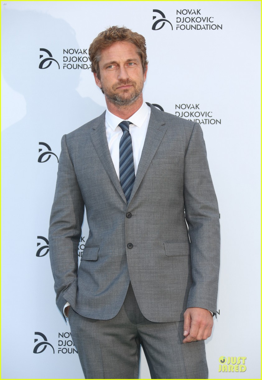 gerard butler novak djokovic foundation gala dinner 14