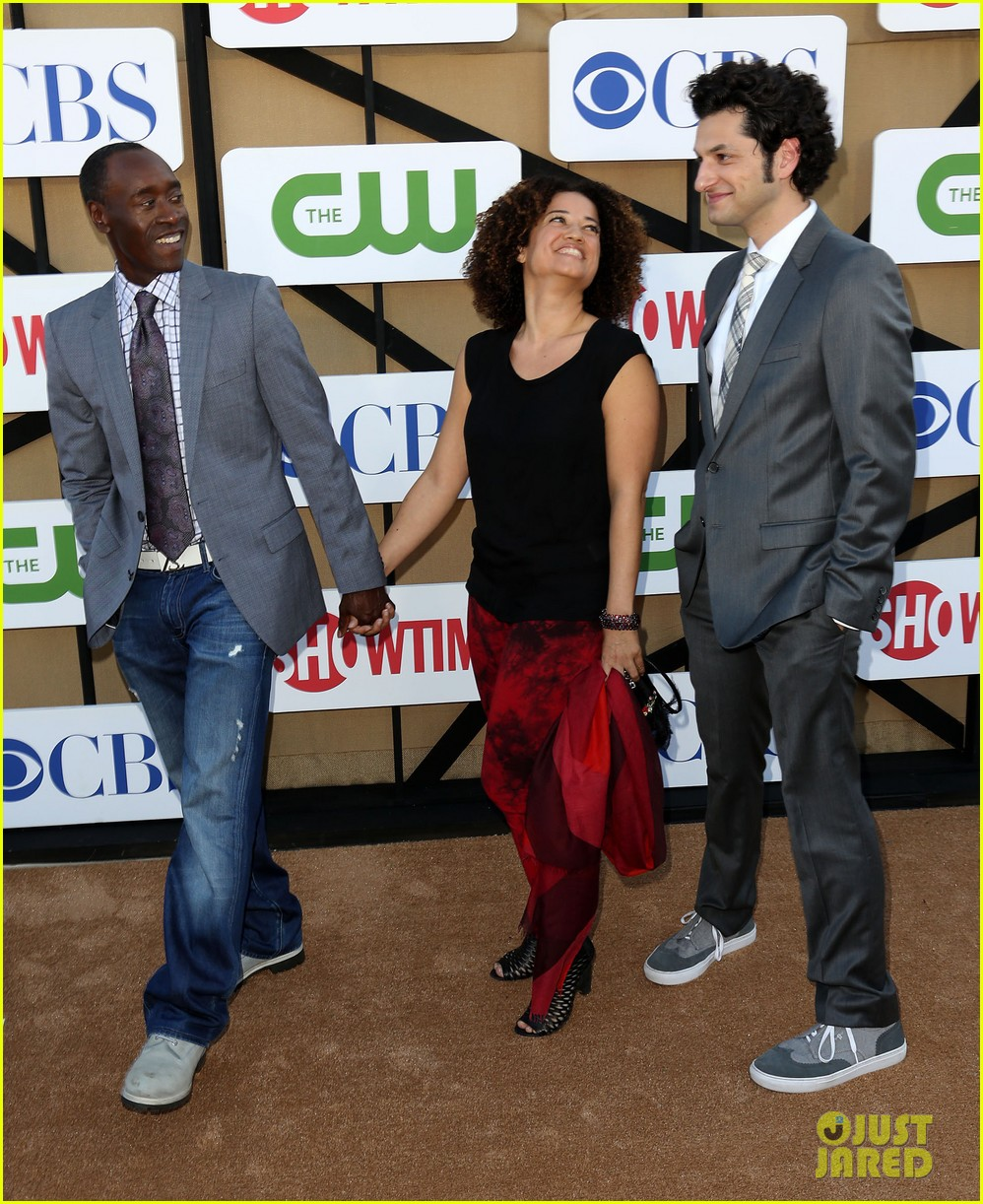 lizzy caplan michael sheen cws summer tca party 04