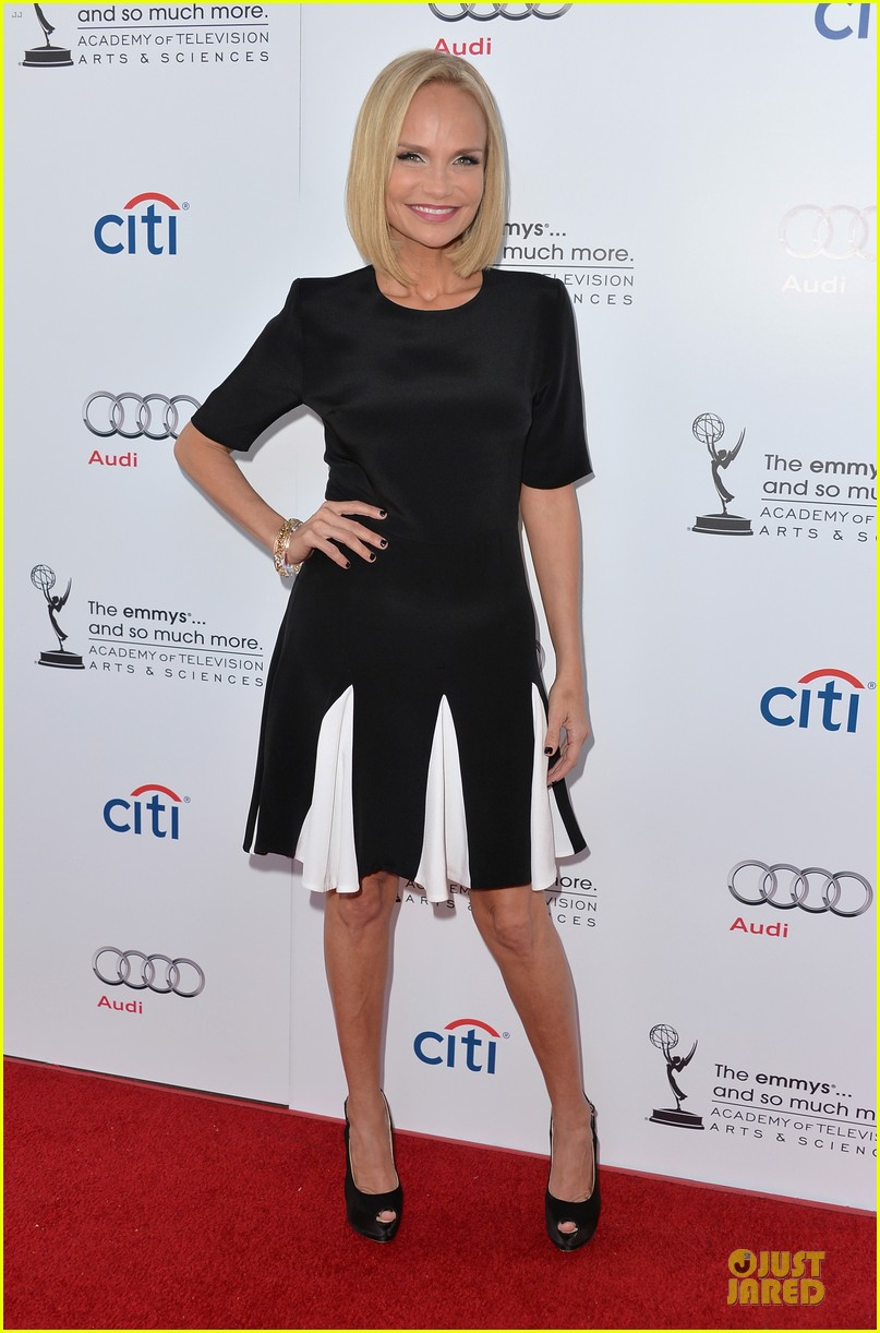 kristin chenoweth spends evening with carol burnett 112914940