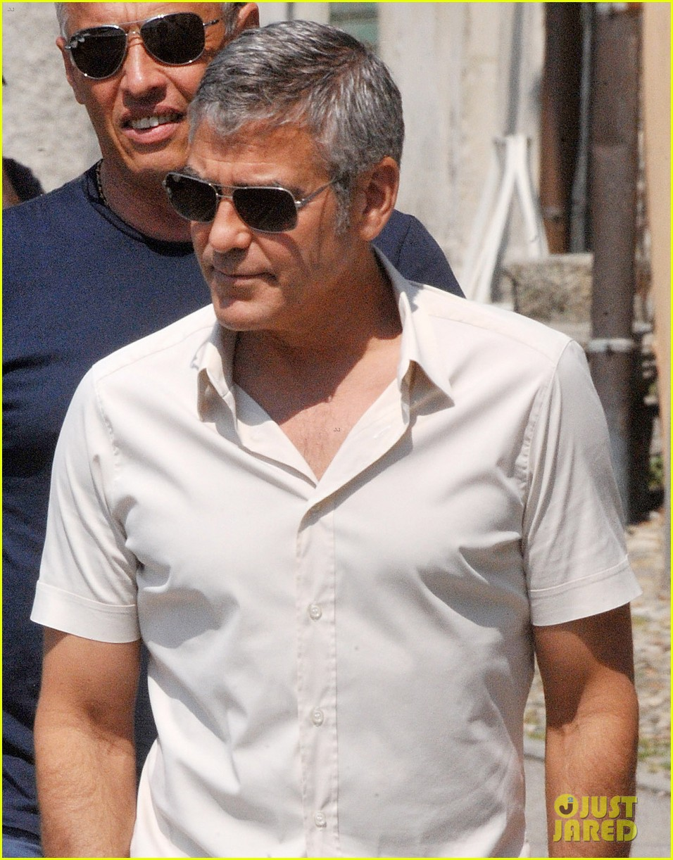 george clooney seen smiling after stacy keibler split 022907226