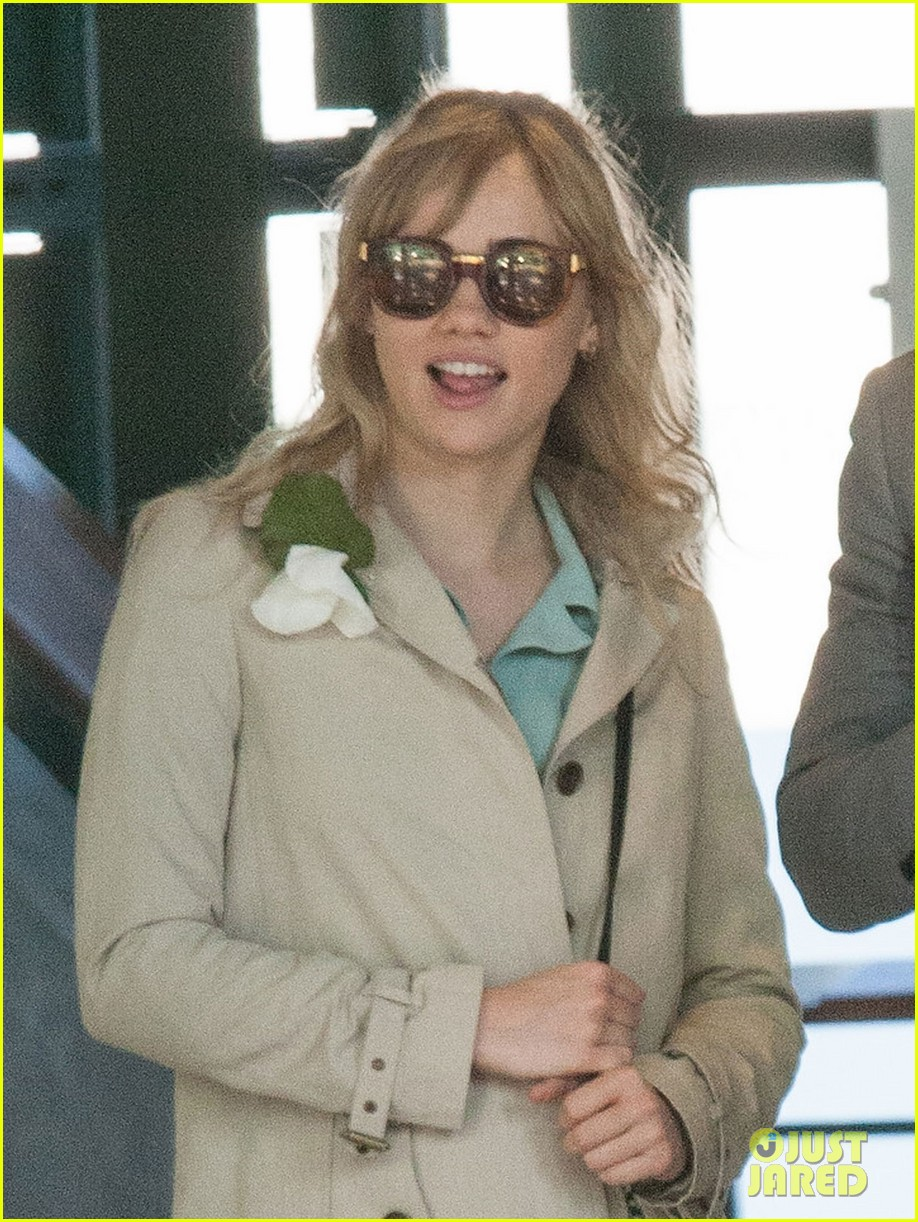 badley cooper suki waterhouse depart wimbledon after andy murray win 10