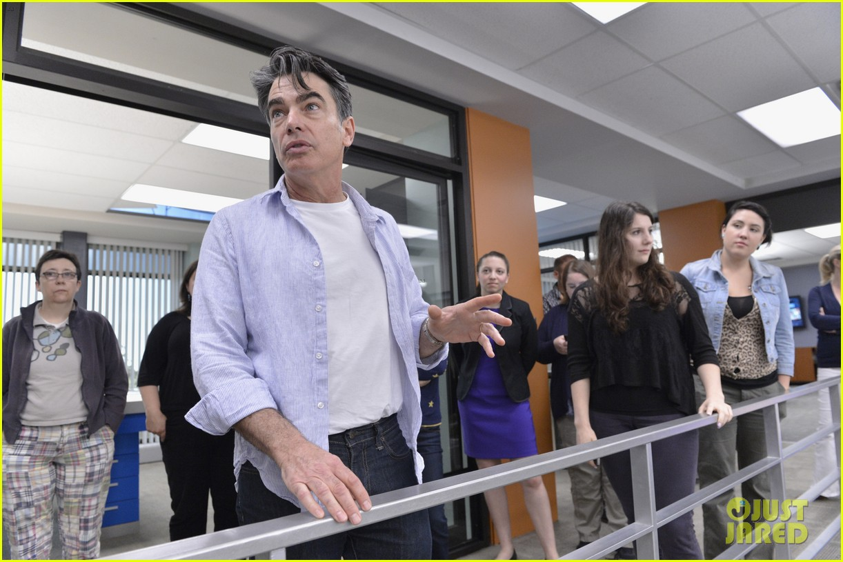 covert affairs season 4 5 things to know just jared set visit 15