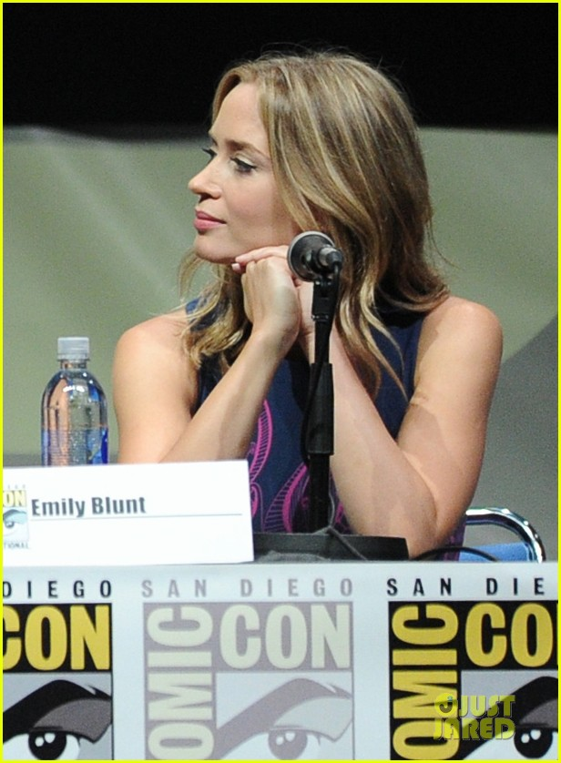 tom cruise emily blunt edge of tomorrow at comic con 14