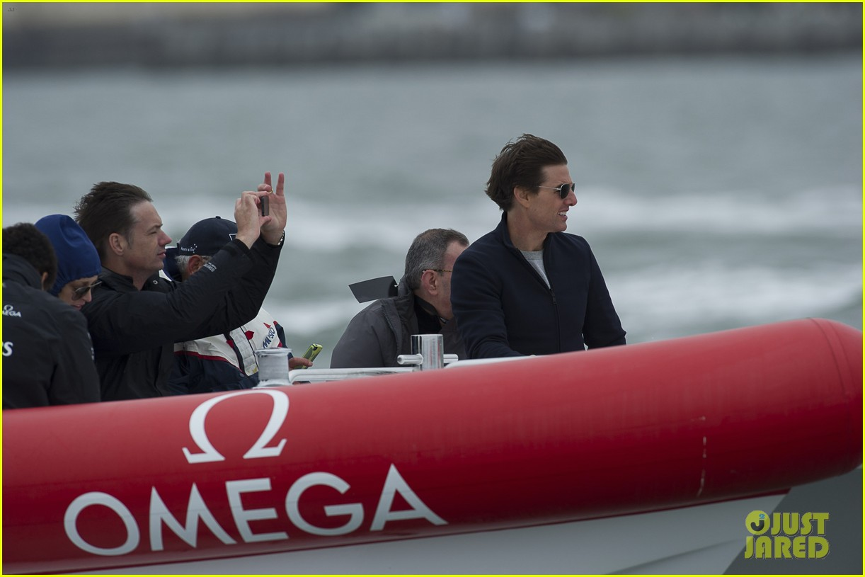 tom cruise connor emirates team new zealand sailing race 062919408