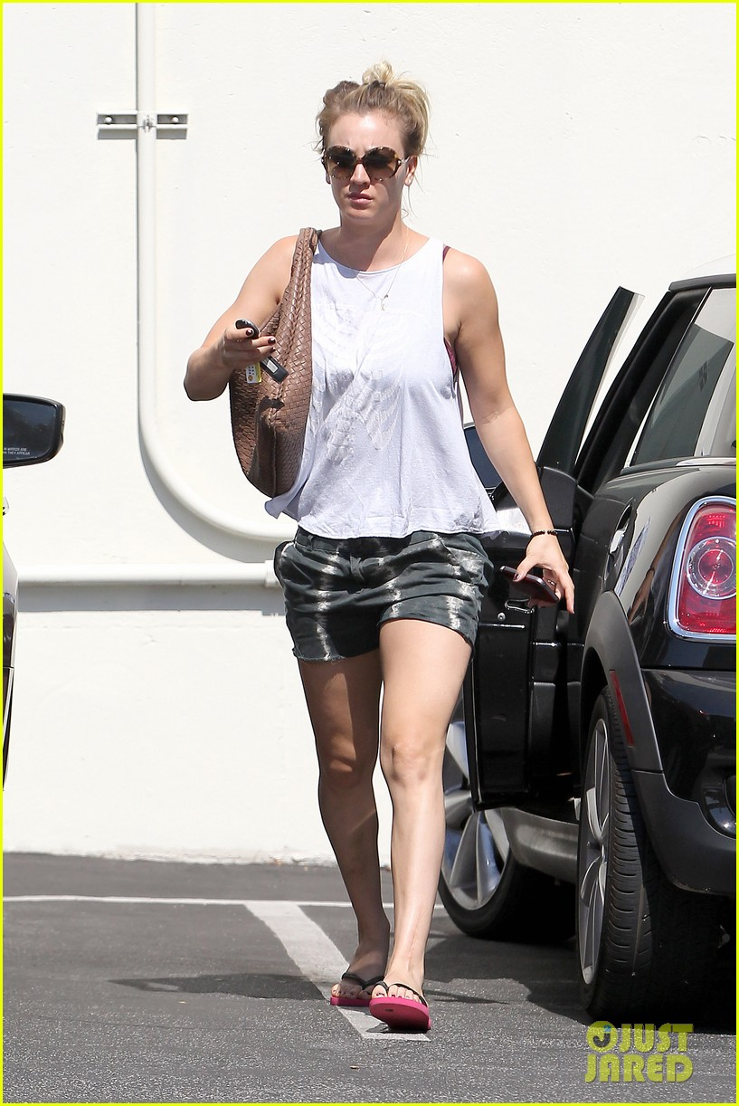 kaley cuoco steps out after henry cavill dating news 01