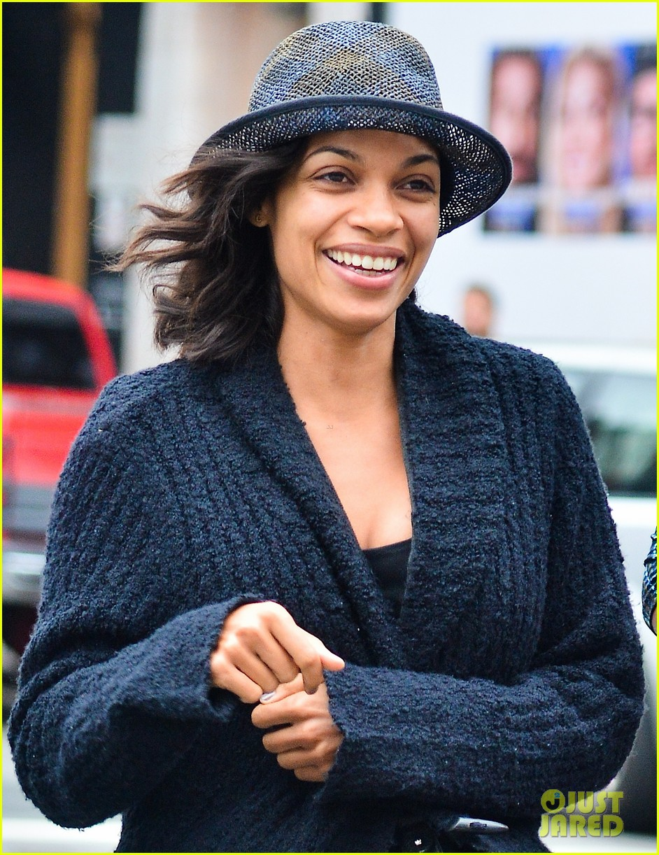 rosario dawson i have a passion for all things nerdy 02