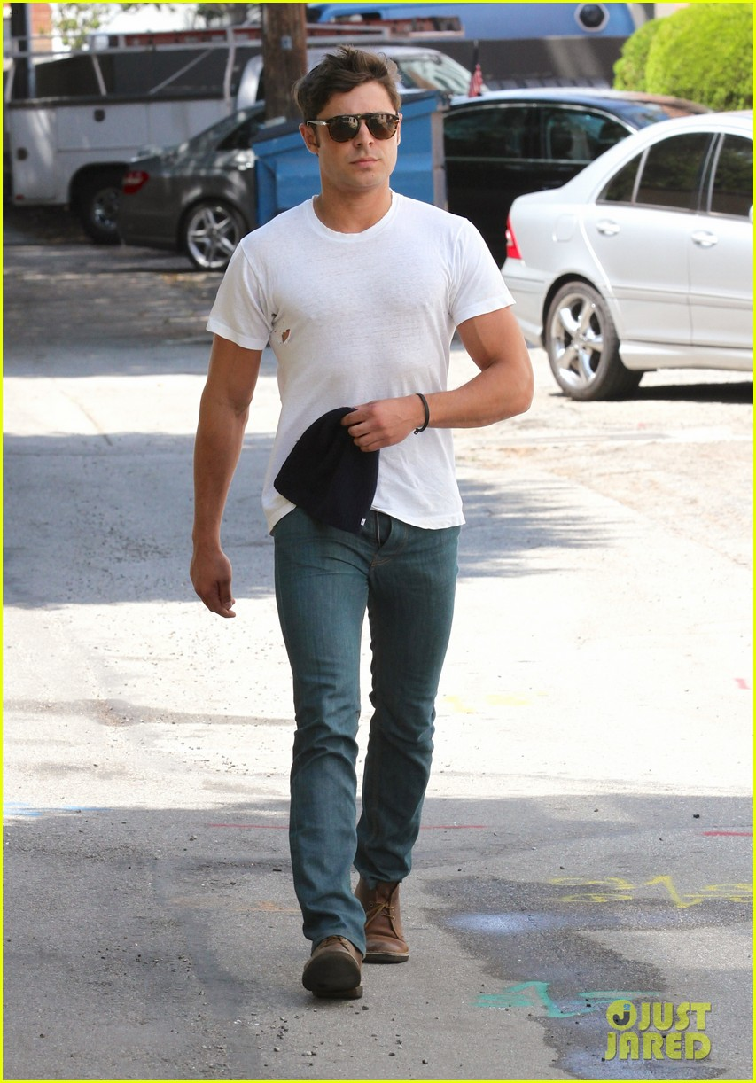 zac efron forgets to zip his fly for business meeting 01