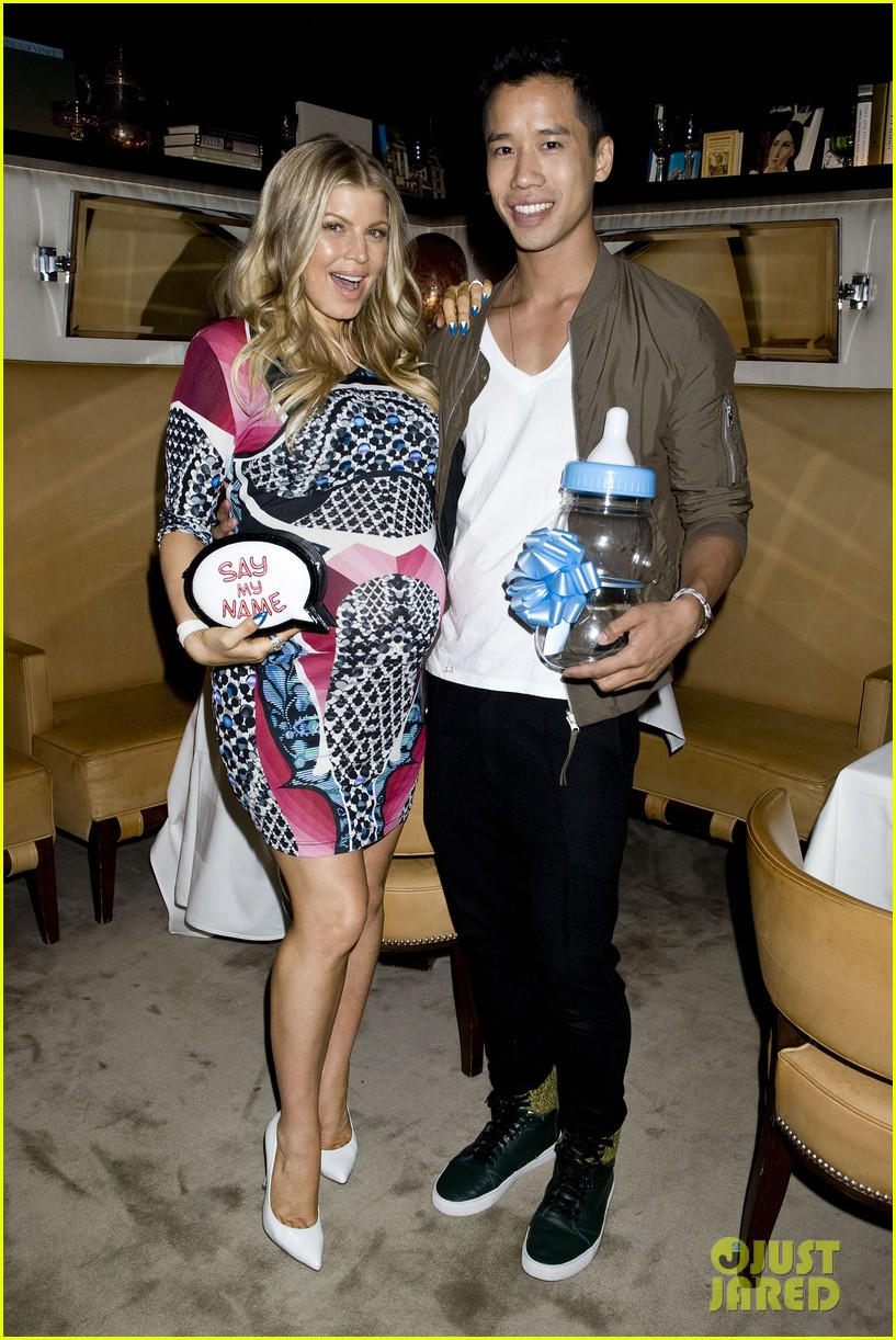 inside fergie baby shower with josh duhamel exclusive pics 04