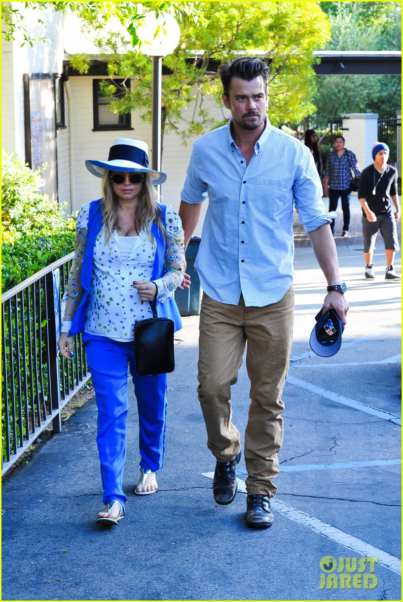 fergie josh duhamel go to church before baby shower day 102919784